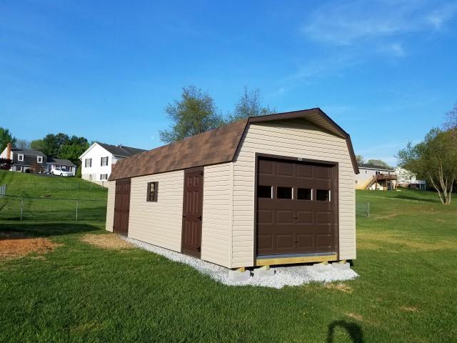 (Building #218) 12x32x7 Vinyl Barn