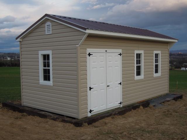 (Building #230) 10x20x8 Vinyl Carriage House