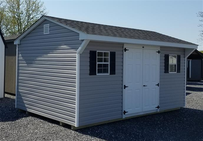 (Building #051) 10×16 Vinyl Carriage House